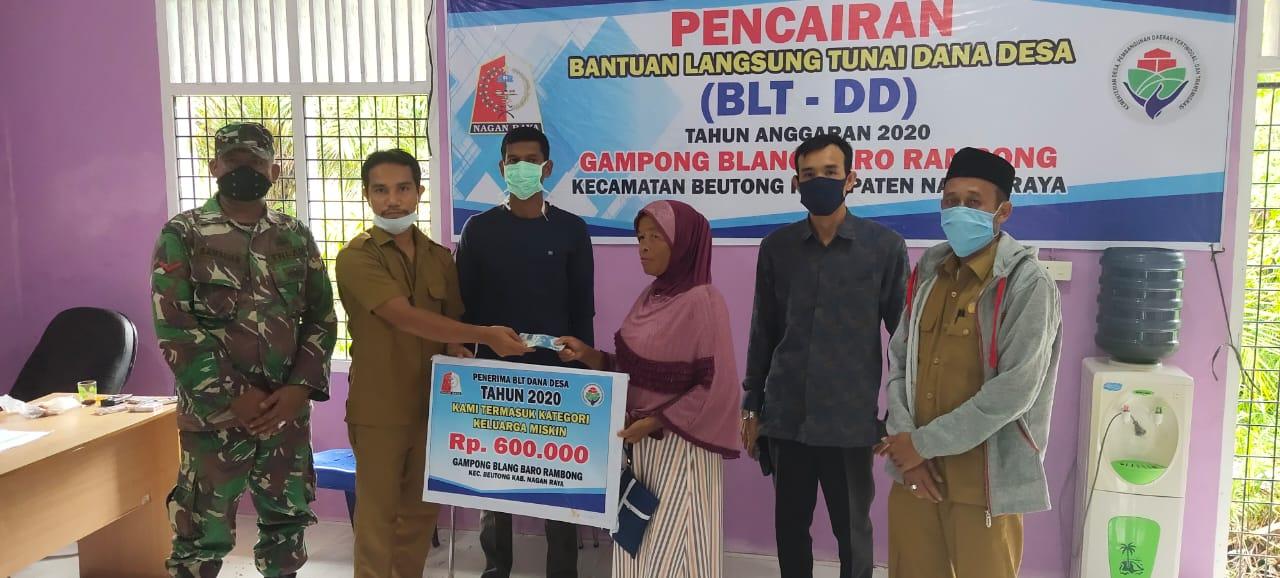 Desa Blang Baro Rambong Nagan Raya Salurkan BLT – DD Tahap Ke III