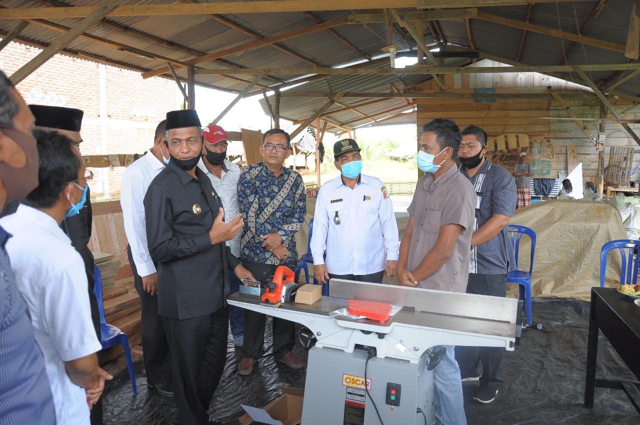 Pemerintah Nagan Raya Bantu Alat Produksi untuk Pelaku UMKM