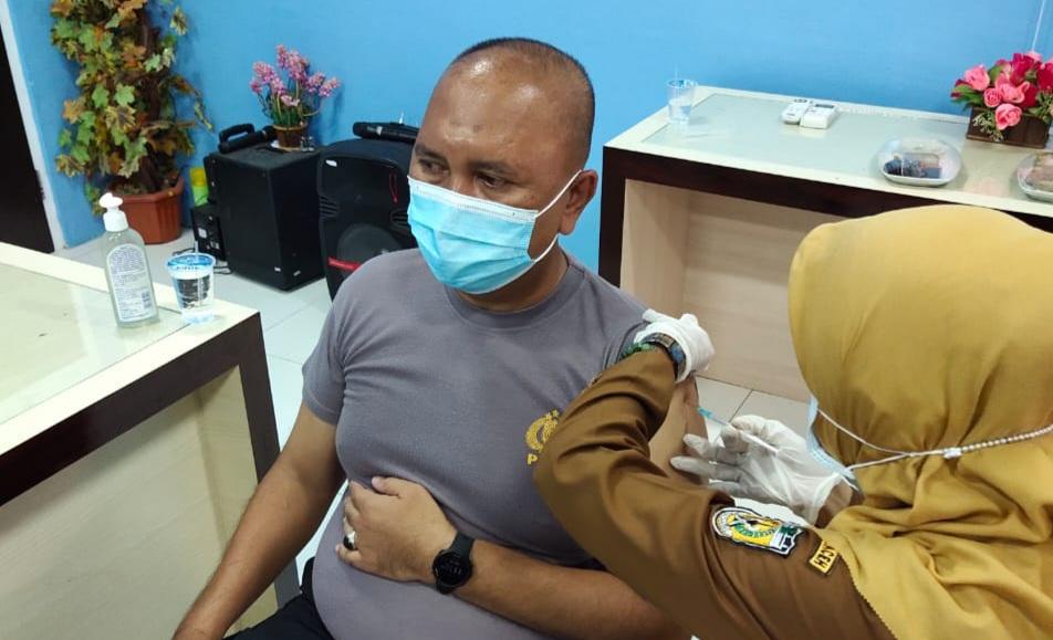 Pesan Kapolsek Baiturrahman Banda Aceh Usai di Vaksin Covid 19